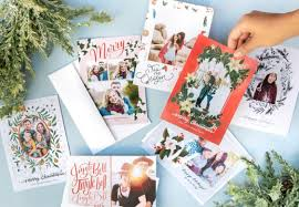 Unleash Entire Creative Control with Holiday Photo Cards from Mixbook