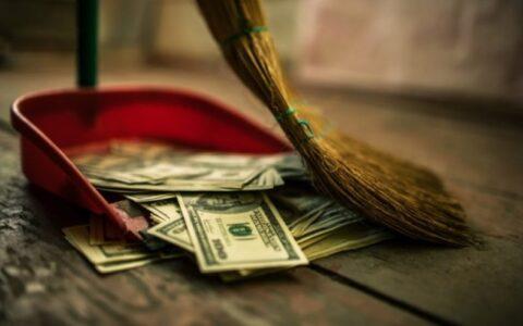 3 Ways To Break Bad Spending Habits