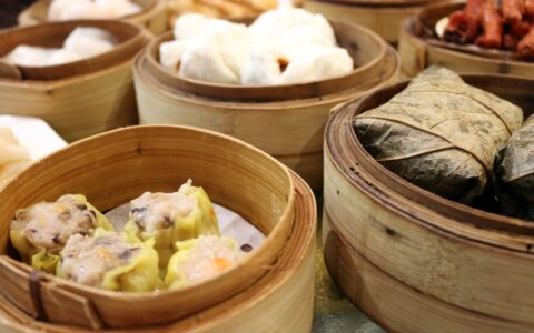The 10 Best Pieces of Chinese Cuisine You Need to Get Your Hands On