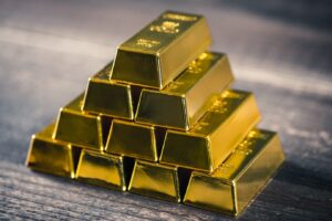 Should You Invest in Gold Bars or Gold Coins?